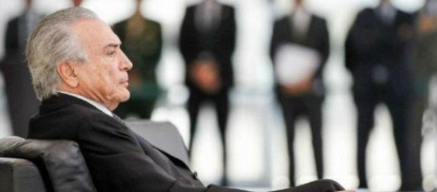 Michel Temer faz Ministro se retratar