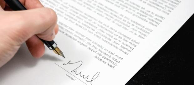 Signature discours - pixnio - CC BY