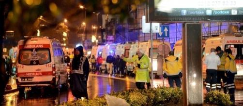 Capodanno di sangue in Turchia, almeno 35 morti in un attacco ad Istanbul