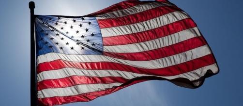 File:US Flag Backlit.jpg - Wikimedia Commons - wikimedia.org