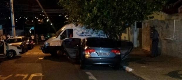 Homem armado invade casa, mata ex-mulher, filho e mais dez pessoas em Campinas