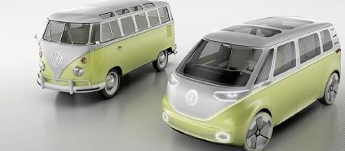 Volkswagen ha presentato il nuovo pulmino elettrico.