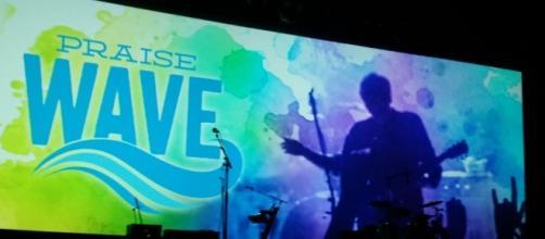 Praise Wave starts January 14 at SeaWorld Orlando. (Photo by Barb Nefer)