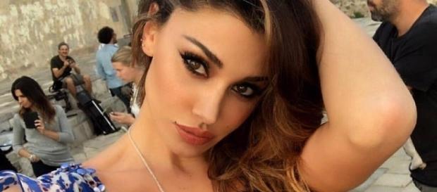 Belen Rodriguez riaccende il gossip pubblicando sui social una frase 'equivoca'