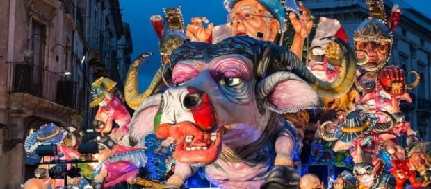 Cento, Fano, Acireale, Venezia, Ivrea: scoppia il Carnevale, ecco ... - meteogiuliacci.it