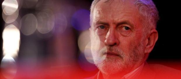 Corbyn apoya los controles a la inmigración de la UE para atraer a ... - lavanguardia.com