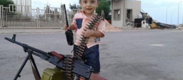 ISIS have 'secret army of 500 children' in military camps in Syria ... - mirror.co.uk