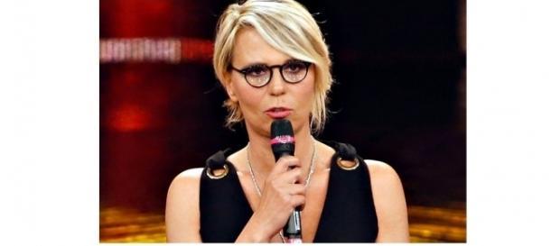 Maria De Filippi condurrà il Festival di Sanremo 2017? Chi lo annuncia, lei 'smentisce'.