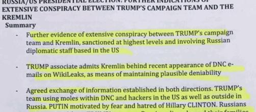 Diverses notes blanches, formant un dossier de 35 pages, laissent supposer une collusion totale entre Donald Trump et le Kremlin