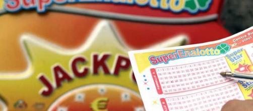 Estrazioni SuperEnalotto e Lotto 12 gennaio 2017