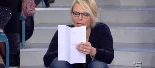Maria De Filippi perde le staffe a Uomini e Donne: ecco cos'è ... - sologossip.it