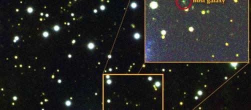 Provenienza del segnale FRB 121102. La galassia nana che lo ospita è stata ripresa in spettroscopia dal telescopio Gemini North.