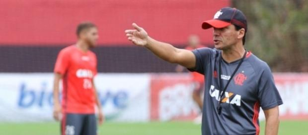 Flamengo quer mais uma opção para o ataque