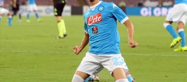Manolo Gabbiadini in uscita dal Napoli