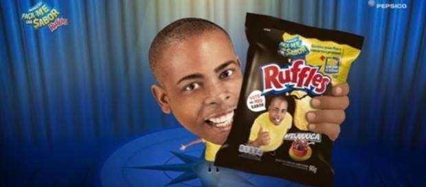 Ruffles é acusada de racismo ao associar garoto negro ao sabor feijoada - Reprodução