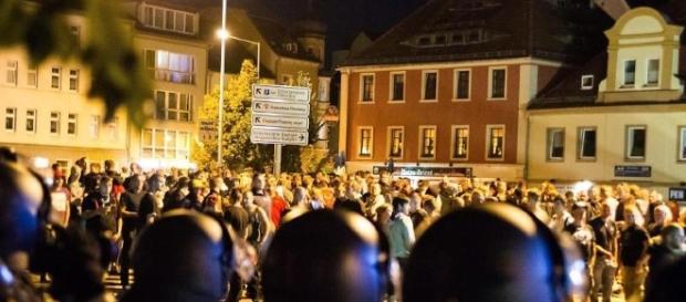 Schwesig fordert Konsequenzen nach Krawallen in Bautzen ... - rundschau-online.de