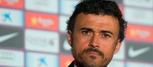 Luis Enrique toma una decisión sobre el fichaje del lateral ... - madrid-barcelona.com