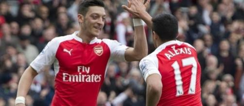 Perry Groves: Alexis Sanchez and Mesut Ozil must stay at Arsenal ... - thesun.co.uk