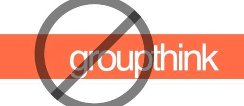 stop groupthink = white + orange | designKULTUR - wordpress.com
