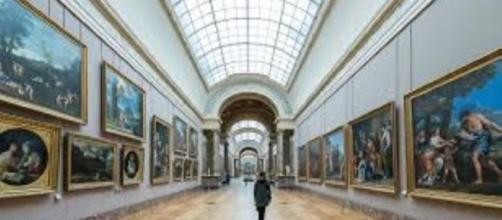 The Musée du Louvre in Paris FAIR USE oceanlight.com Creative Commons