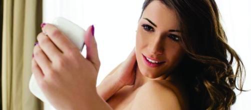 Menina publica no Twitter o print de uma conversa com garoto que pedia 'nudes'