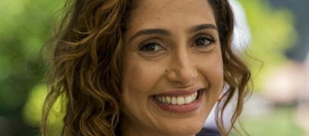Camila Pitanga parece estar mais feliz do que nunca