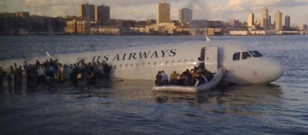 Chesley 'Sully' Sullenberger: Miracle on the Hudson Pilot Talks ... - people.com