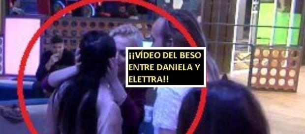 Daniela y Elettra se han besado en la fiesta. Vídeo en la noticia