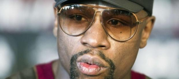 Floyd Mayweather says he has offered Conor McGregor US$15 million ... - scmp.com