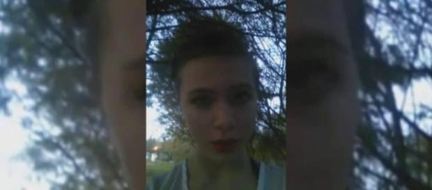 Katelyn Nicole Davis, transmitiu a própria morte pela internet
