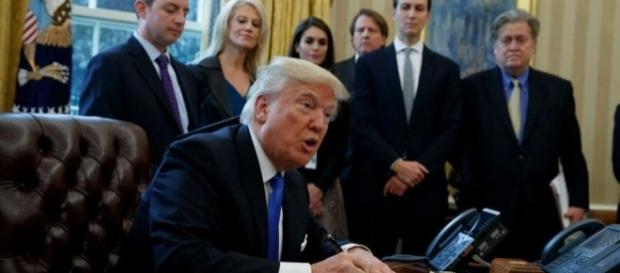 Trump issues a gagging order on climate change to EPA