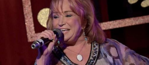 Country Singer Tanya Tucker Hospitalized After Fall - Laredo ... - lmtonline.com