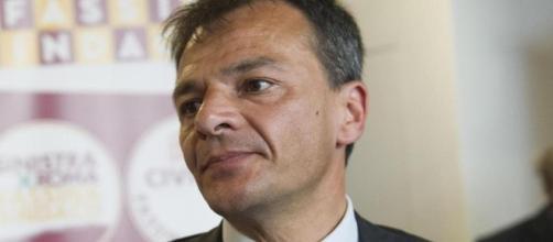 Stefano Fassina critica PD ed Euro (Foto: lastampa.it)