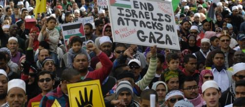 Thousands of South Africans regularly protest in front of parliament in Cape Town against Israel. Picture: Fu'ad Rahman