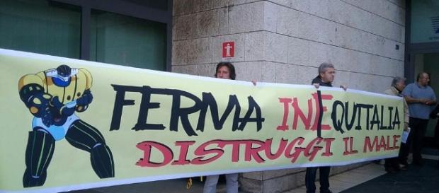 Tor Marancia: Jeeg Robot chiude la sede di Equitalia