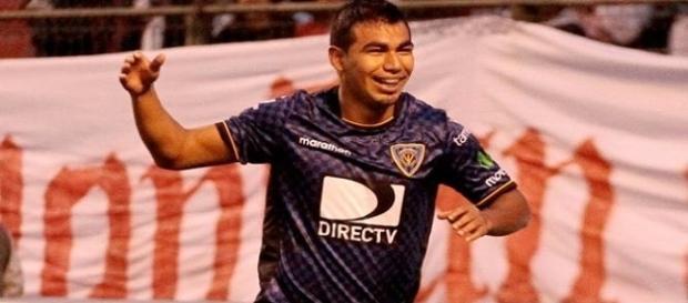 Vice da última Libertadores com o Independente Del Valle, Sornoza foi contratado pelo Fluminense para 2017 (Foto: Flu News)