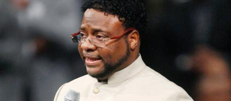 Report: Bishop Eddie Long Hospitalized With Serious Illness ... - bet.com