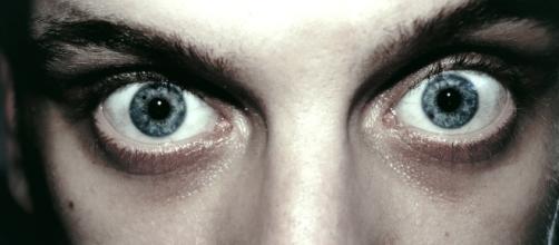 5 imagens que mostram como age uma pessoa psicótica