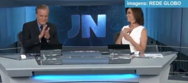 Chico Pinheiro se despedindo no JN de sábado, 15