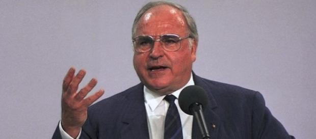 Helmut Kohl (CDU), Kanzler 1982-1998. (Bundesarchiv, B 145 Bild-F082413-0020 / Schaack, Lothar / CC-BY-SA 3.0)