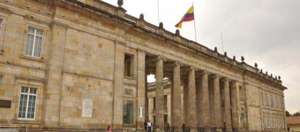 Se realiza Referendo en Colombia para modificar salario de los congresistas