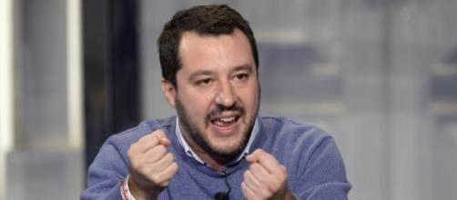 Salvini sempre più lontano da Berlusconi: 'Primarie per il centrodestra'