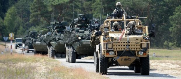 """Afirmațiile lui Donald Trump că alianța NATO ar fi """"învechită"""" îngrijorează Europa"""