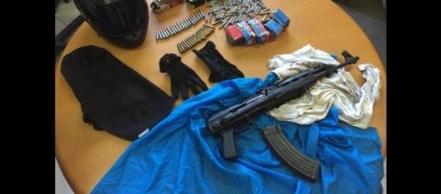 Amri aveva confidato ad un infiltrato della polizia di voler acquistare un kalashnikov a Napoli
