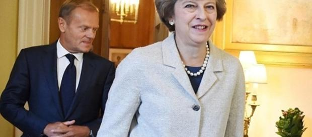"""Bruxelles zice """"hăis"""" și Londra """"cea"""", că atâta poate"""