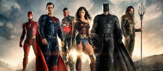 Wonder Woman and Justice League Debut San Diego Comic-Con Trailers ... - dccomics.com