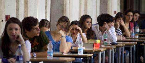 Maturità, uno studente su sette cerca su Internet le tracce d'esame - corriereadriatico.it
