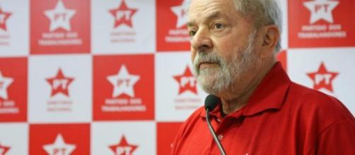PT vai lançar Lula candidato em abril