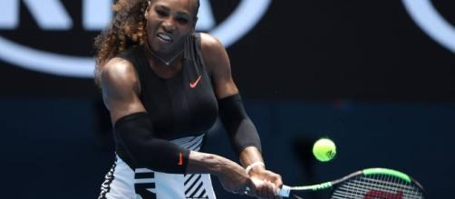 Serena Williams starts good after advancing to the second round in the Australian Open 2017 / Photo from 'Sporting News' - sportingnews.com