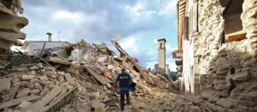 Terremoto, le testimonianze dai paesi devastati - La Stampa - lastampa.it